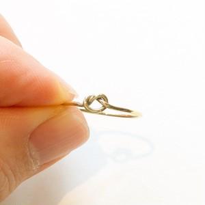 真鍮製 ⓵縁を結び想いが実を結ぶ「幸せをつかむピンキーリング®」