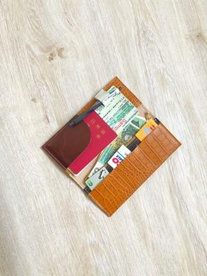 高級クロコ トラベル ホルダー パスポート ケース 本革 レザー クロコ型押し キャメル