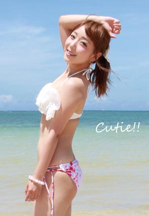 Cutie!!(楠芽瑠&キスエク 水着ミニ写真集:サインなし)