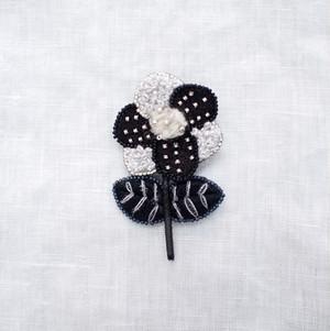 【 acou: 】刺繍ブローチ pin