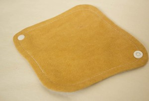 暖かオーガニックコットンライナー 布ナプ (玉葱皮染め)冷え取り  経血コントロールにお勧め!