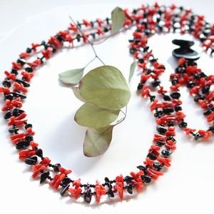 本珊瑚オニキスロング2連ネックレス