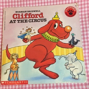 Clifford at the Circus (Clifford, the Big Red Dog)  ※特価
