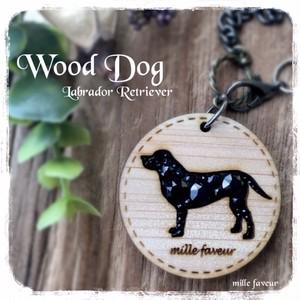 Wood Dog Charm ~ラブラドールレトリーバー*ブラック~