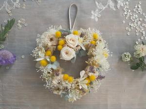 ハート♡幸せ舞い込むミニリース<Mimosa>*プリザーブドフラワー*結婚祝い*お花*ギフト*バレンタイン*ミモザ