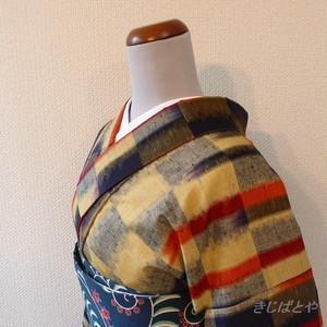 綿ウール混 ベージュと紺と赤の小紋 胴抜