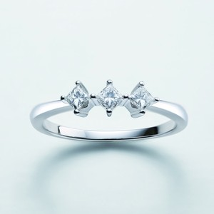 Graceful Celebrity RING 24