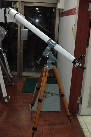【中古品】 アストロ光学 R-61D型(60x1200)屈折赤道儀一式  ※送料込み価格(沖縄・離島除く)