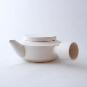 3RD CERAMICS(サードセラミックス) 急須 φ12 ×H7cm ホワイト 陶器 岐阜 多治見市 スタイリッシュ プレゼント テーブルウェア