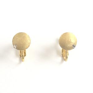 ヴィンテージスタインウェイピアノのパーツを使った月を思わせるアンティークイヤリングVintage steinway and sons capstan earrings with CCZ (Moon)