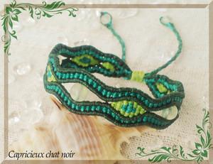 菱形と波模様のマクラメブレス(緑・浅葱・若草/プレナイト)