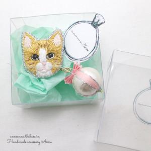 猫ちゃんピンブローチ(茶トラ)