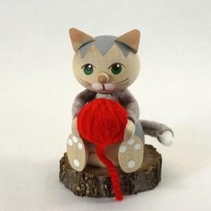 221 Knitting Cat アシスタント