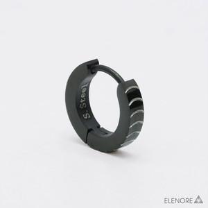 ステンレス/サンドブラスト加工 デザイン彫り ブラック フープピアス