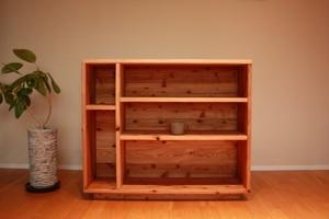 暖かみのある杉無垢材の 食器棚|本棚|飾り棚|シェルフ|カップボード