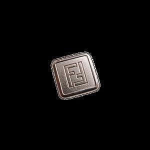 【VINTAGE FENDI BUTTON】スクエア シルバー ロゴ ボタン 1.6cm F-20008
