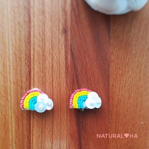 ★2月オーダー受付★Over the Rainbow 片耳イヤリング(ピアス変更可)