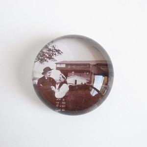 glass paper weight / Ornässtugan