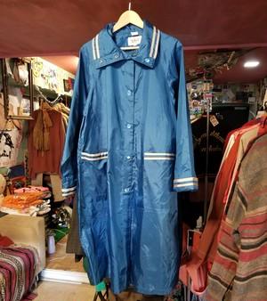 The Totes Nylon Rain Coat