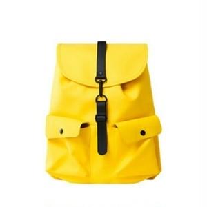 リュック/立体的ポケット収納ありシンプルでスタイリッシュ2色送料無料