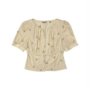 襟元タックフラワー柄刺繍切り替えブラウス LTTSMNC462