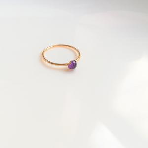 アメジストの4本爪指輪(14kgf)