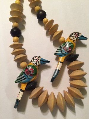 70s wood bird handpaint Necklace