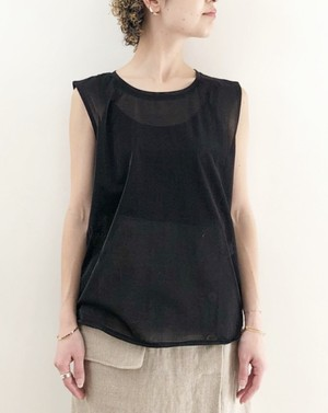 glossy sheer sleeveless  tee