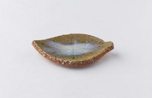 平岡仁 灰釉木の葉
