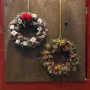 クリスマスリース(左 ホワイト/レッド)(右 オレンジ/ブラウン)