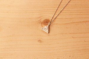 fragment / necklace / triangle