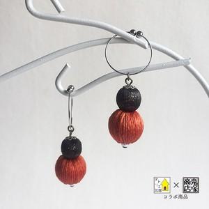 草木染糸の巻き玉イヤリング/ピアス