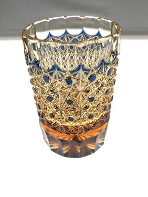 数量限定 江戸切子 伝統工芸 クリスタルガラス ショットグラス ぐい呑 冷酒グラス(琥珀色瑠璃被せ)結婚祝 記念品 海外土産 退職祝 日本酒 ウオッカ