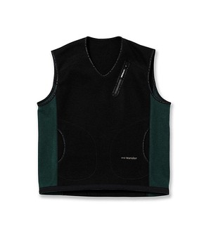 【and wander】air wool vest