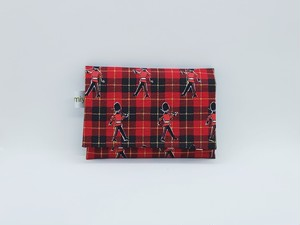 ふた付きポケットティッシュケース♪イギリス兵隊♪レッド
