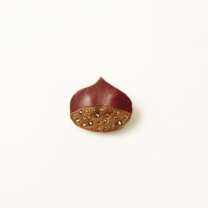 botanical brooch   くり