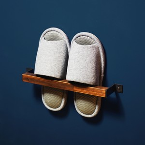 SLIPPER HOLDER