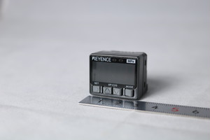 超小型デジタル圧力センサ キーエンス AP-C33