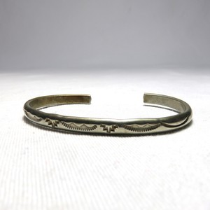 "OLD INDIAN STERLING SILVER BANGLE ""NAVAJO""  (B-5)"