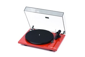 Pro-Ject Essential III (Red)