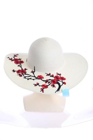 花刺繍の白麦わら帽子