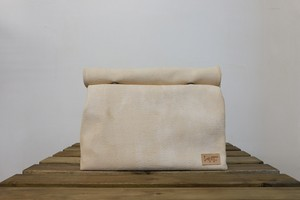 RESAROLL beige sizeL[クラッチバッグ]