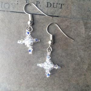 crystale white cross:piace,earring