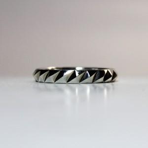 Studs Ring -Shark-