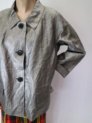 metallic jacket【0093】