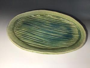 線刻文様緑釉大皿 楕円形