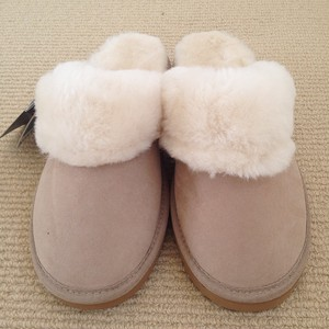 UGG Room Shoes Sand 送料込み