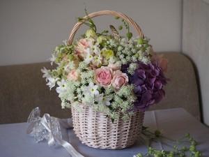 (02) Lサイズ 母の日 季節の花いっぱいのバスケットアレンジメント / 8,000円(税込) ※送料別途一律1500円