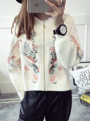 【outer】Embroidery round neck long sleeve zipper cardigan coat