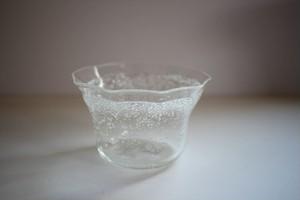 伊藤亜木|ガラスのふち角鉢